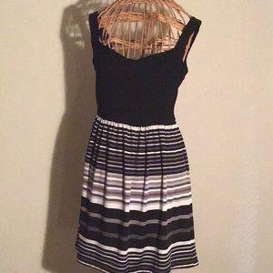 Stripped mini dress, comfortably fit🌺💕💄